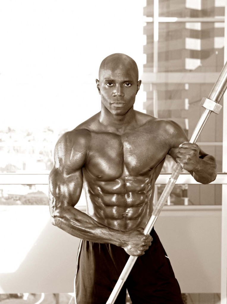 Top Fitness Model Obi Obadike Is Selected By SimplyShredded